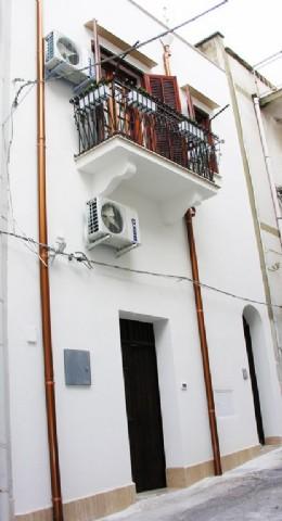 Casa Indipendente affitto CASTELLAMMARE DEL GOLFO (TP) - 4 LOCALI - 90 MQ