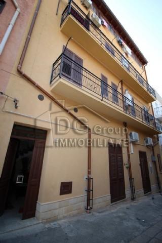 Casa Indipendente vendita CASTELLAMMARE DEL GOLFO (TP) - 7 LOCALI - 270 MQ