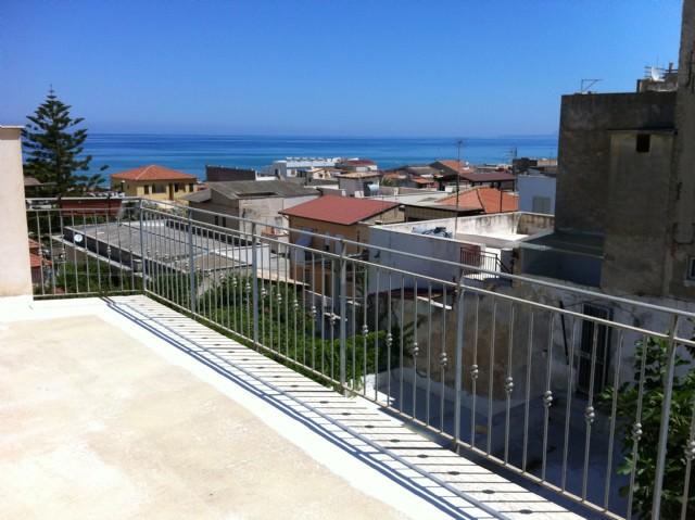 Villa affitto Alcamo (TP) - 5 LOCALI - 80 MQ