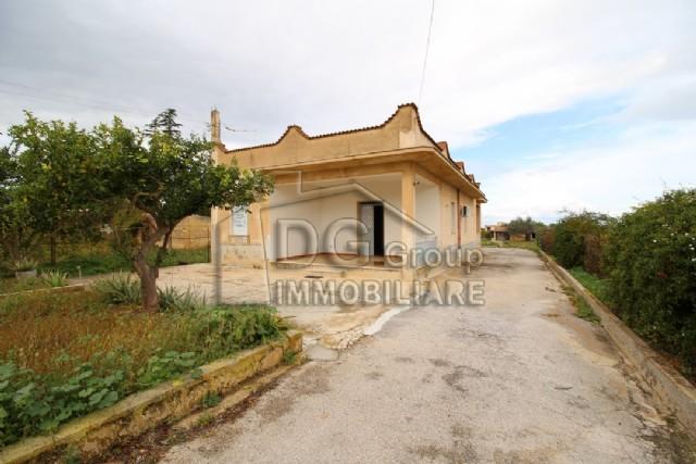 Villa vendita PARTINICO (PA) - 5 LOCALI - 170 MQ