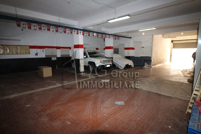 Box/auto vendita ALCAMO (TP) - 1 LOCALI - 175 MQ