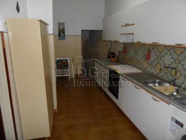 Casa Indipendente vendita ALCAMO (TP) - 6 LOCALI - 240 MQ