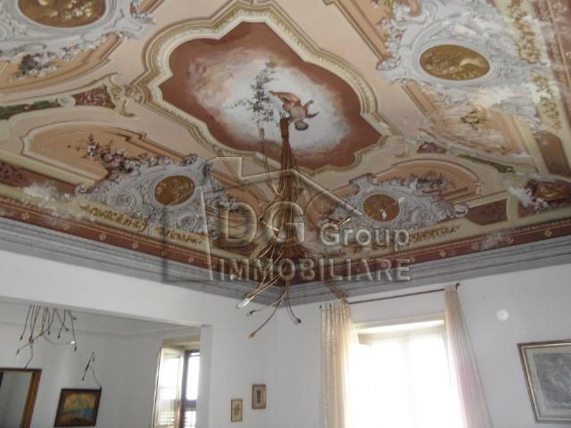 Casa Indipendente vendita ALCAMO (TP) - 7 LOCALI - 413 MQ