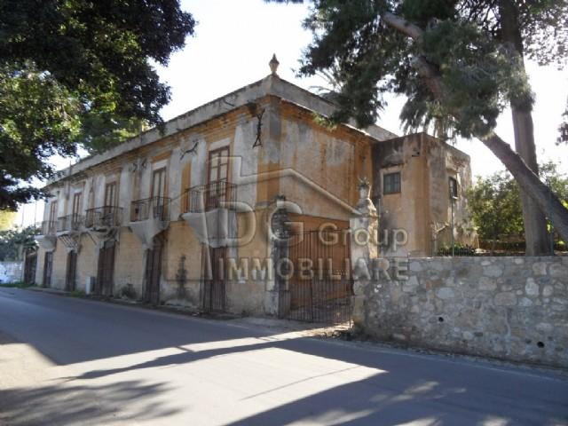 Villa vendita TRABIA (PA) - 4 LOCALI - 16000 MQ