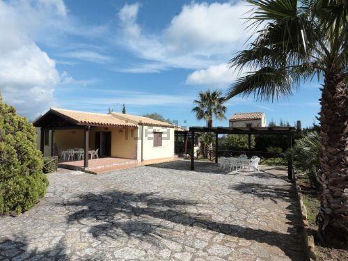 Villa vendita CASTELLAMMARE DEL GOLFO (TP) - 4 LOCALI - 85 MQ