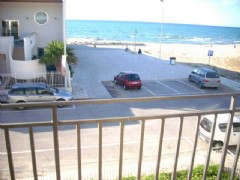 Appartamento al primo piano sulla spiaggia
